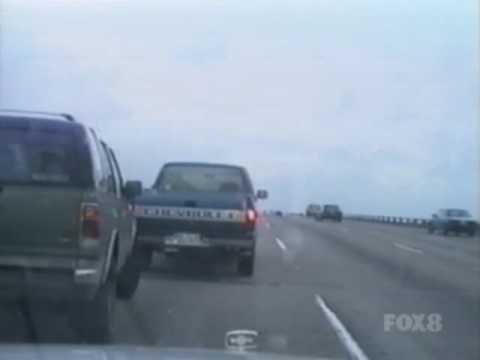 Naked Woman Runs From Police In Baytown video
