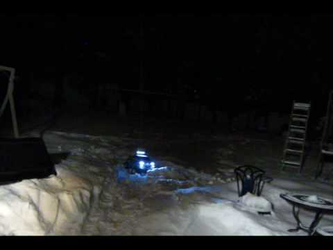 R/c 1:6 Silver Toyota Tundra at Night Playing around in fresh snow Video