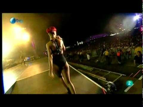 Rihanna-Diva.com // Rihanna at Rock in Rio Festival - Shut Up And Drive