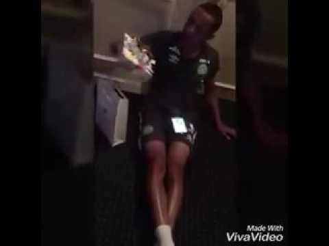 El emotivo video de Tiaguinho, el jugador que se había enterado que iba a ser papá