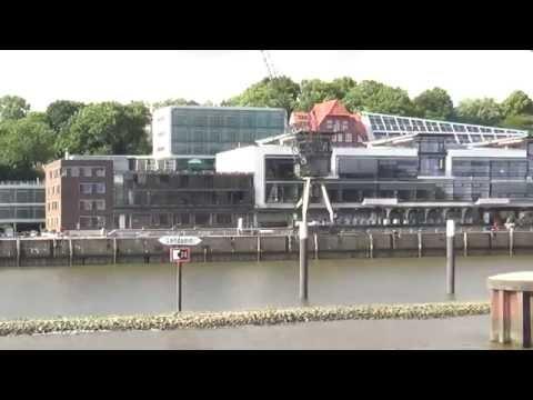 Hafenrundfahrt in Hamburg mit der Mein Schiff 5 1 Tage in Hamburg - Leitdamm