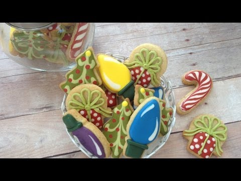 How To Decorate Mini Christmas Cookies!