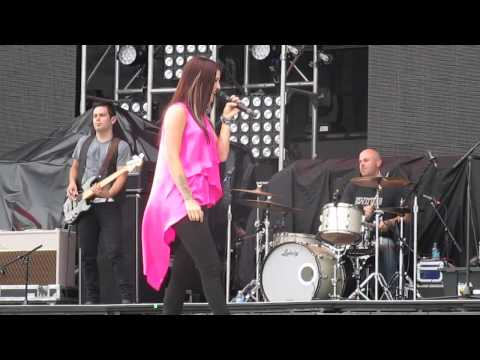 Over You (Cover) - Cassadee Pope in Hershey, PA 8-1-13