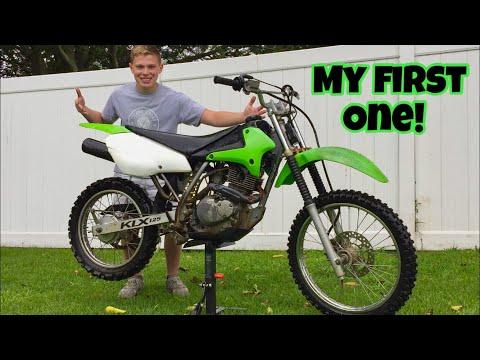 I BOUGHT My FIRST KAWASAKI Dirt Bike!