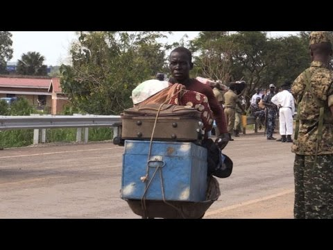 Thousands flee into Uganda from South Sudan