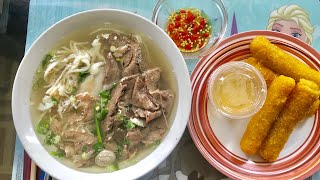 Ăn Phở Đặc Biệt và Chả Giòn ở nhà cùng Marry Phan