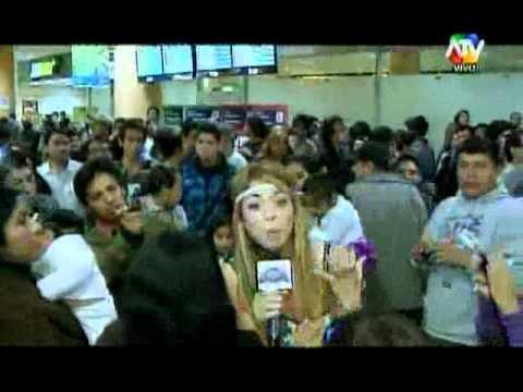 COMBATE: Sheyla Rojas logró que Claudio Pizarro diga 'Combate es bacán'