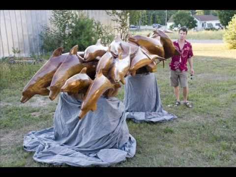 the wood sculpture of Alex Macleod 2011.mp3