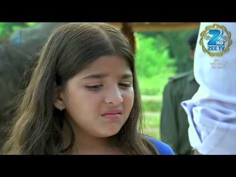 Darpan Does Not Allow Ganesh To Leave Her - Episode 27 - Bandhan Saari Umar Humein Sang Rehna Hai video