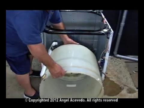 Reemplazando la transmisión en una  lavadora GE Hotpoint