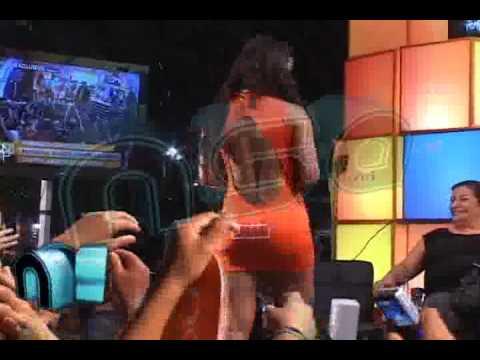 8 LARISSA SIN ROPA INTERIOR EN BOLIVIA