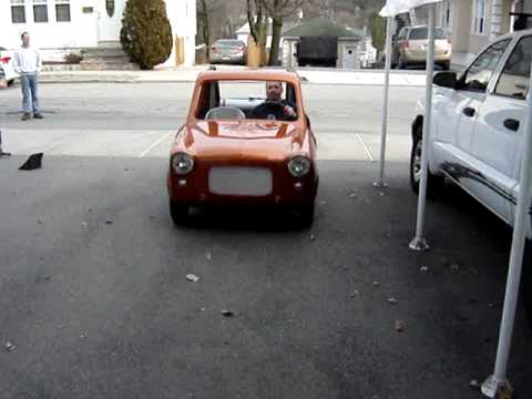 1960 Vespa 400 Microcar with Harley Davidson Sportster engine Video