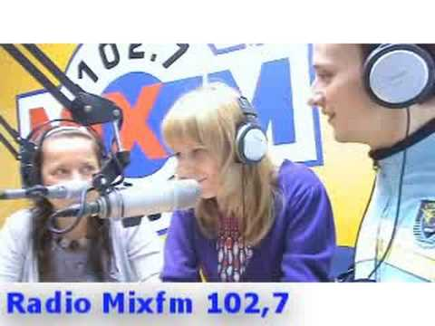 Команда: Федор Двинятин Номер: Интервью с командой на радио MixFM Часть 2 Длительность: 03:47 Просмотров: 4882