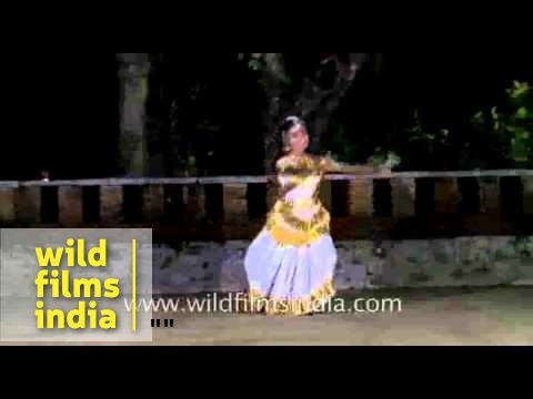 Mohiniyattam -  One Of The Traditional Dance Of Kerala video
