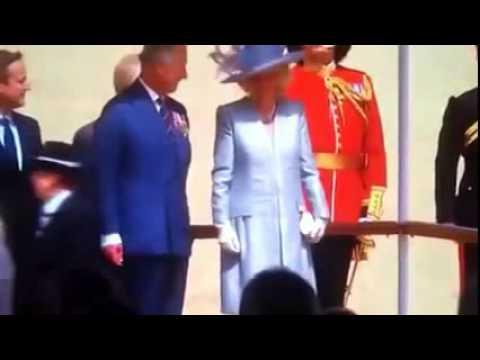 Prince Charles shake war veteran ignores WW2 Veterans hand