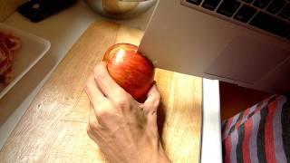 Como cortar comida con una MacBook Air (camarón, manzana, champiñón, lechuga, etc)