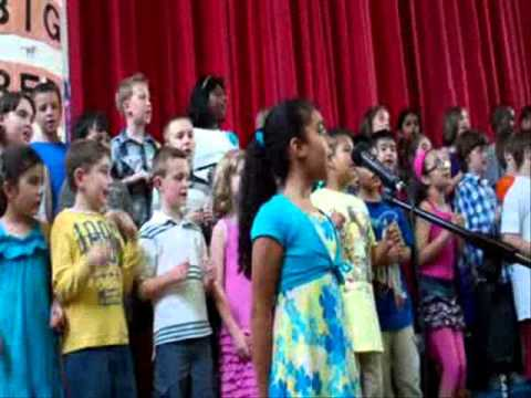 """Oye"" Hampton Street School 2nd Grade Spring Concert 2013"