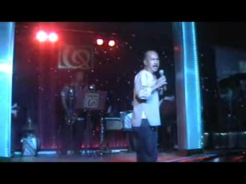 Danh hài Hoàng Sơn làm Nông dân hát nhạc ngoại