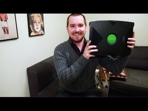 Guy is Tricked Into Thinking Original XBOX is an XBOX One