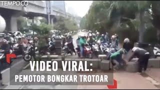 Viral!!! Hindari Macet, Pemotor Bongkar Trotoar  from Tempodotco