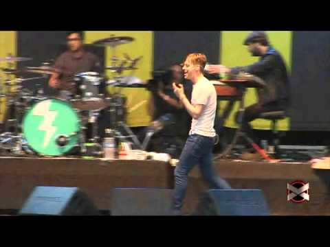 Kaiser Chiefs - Modern Way (live at Pepsi Music 2013)