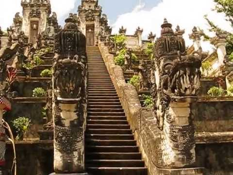 Pura Penataran Agung Lempuyang, the first temple at the mountain of Pura Lempuyang Luhur