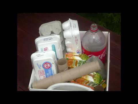 Cómo reciclar materiales para las manualidades