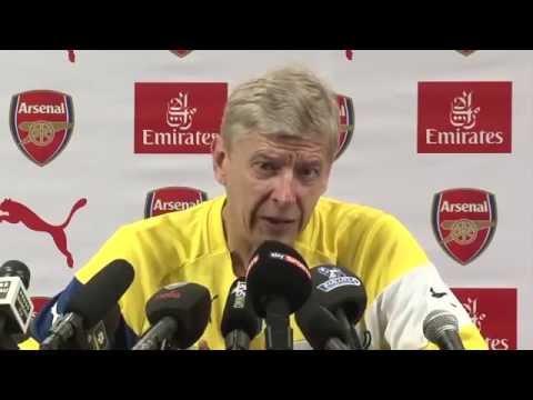 Arsene Wenger: Don't Make Ozil a Scapegoat