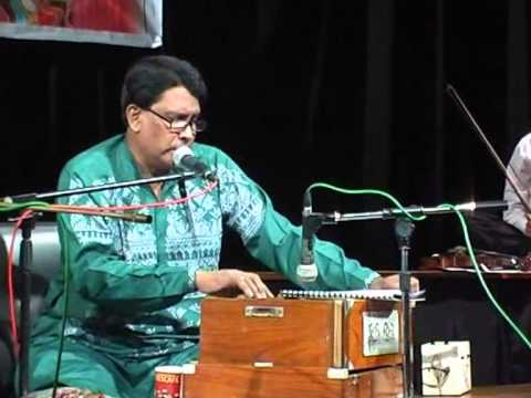 Cholona Dighar Shikot Chere - Live video