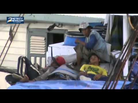 Cuaca Buruk, Kapal Pengangkut Sembako Tertahan di Pelabuhan Gresik