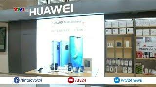 Bị Google cấm cửa, Huawei cam kết tiếp tục hỗ trợ người dùng | VTV24