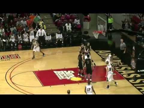 College Dunks 2013 Dunk of The Year 2013
