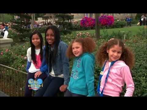 Michael Strahan Takes Kids to Disney World's Fantasyland on