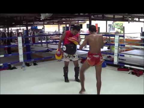 Tepwarit Rawai Muay Thai training with Tuk Image 1