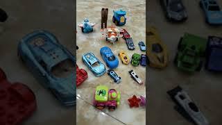Baby play car and play color - bé chơi và học các loại ô tô và học về mà sắc