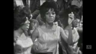 Martha & The Vandellas - Dancing In The Street
