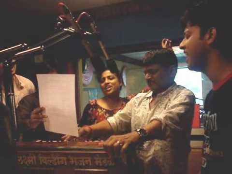 Raghuvir Yadav jams with Red FM!!
