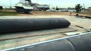 строим хаусбот 2011 build a house boat on plastic rafts