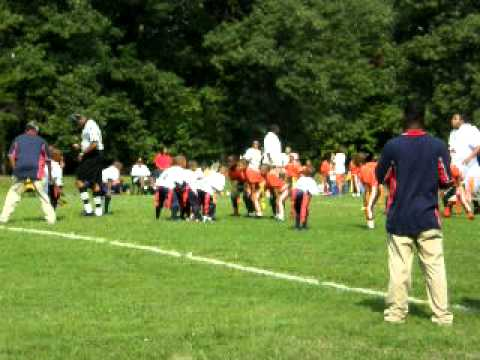 7 and under Flag football Maryland Titans vs Marlow Heights Hurricanes.