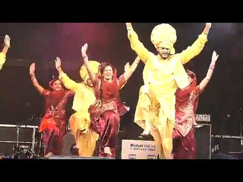 Bhangra Empire 2013 Hsbc City Of Bhangra Festival video