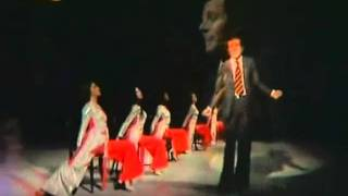 Watch Julio Iglesias A Flor De Piel video