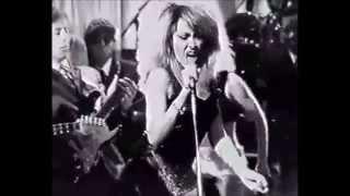 Watch Tina Turner Overnight Sensation video