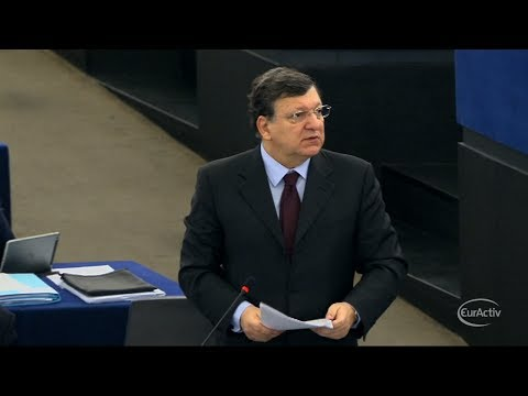 Barroso urges Russia 'to guarantee a united Ukraine'