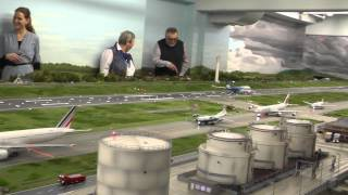 Biggest HO scale 1:87 airport of the world at MiWuLa, Hamburg, Germany, 14-1-14 part 5 of 6
