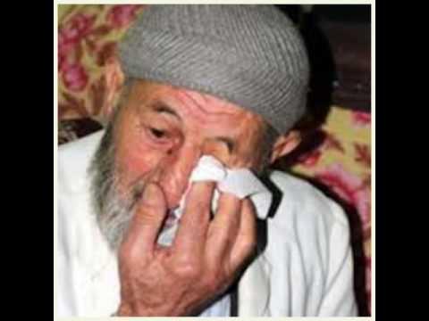 Oğlu tarafından dövülen babanın ağıdı seslendiren:Aşık imami