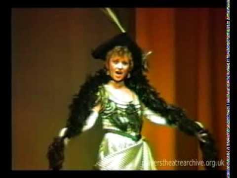 Helen Watson sings 'When I Take My Morning Promenade'