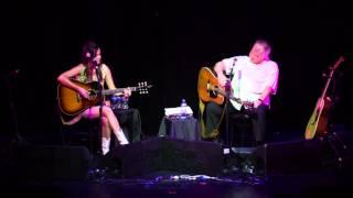 "Kacey Musgraves sings ""Burn One With John Prine"" to John Prine"