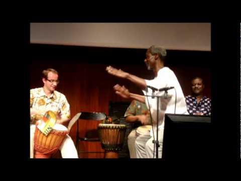 Professeur Simha Arom fait la démonstration de l'analyse rythmique, part 3