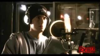 Eminem - Listen To Your Heart