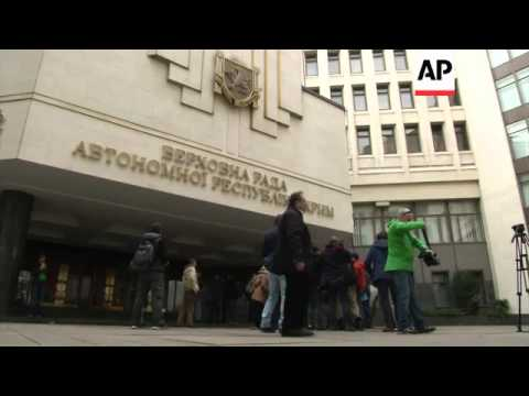 Reaction as Crimean parliament votes to hold referendum on joining Russia